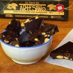 CHOCOLATE NEGRO 75% CACAO CON ALMENDRAS (300 Grs.)